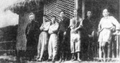 Soạn bài Khái quát văn học Việt Nam từ đầu Cách mạng tháng Tám 1945 đến thế kỉ XX - Ngữ văn 12