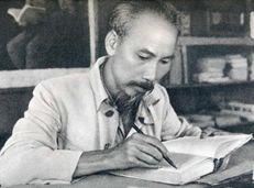 Soạn văn 9 Phong cách Hồ Chí Minh tóm tắt